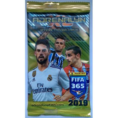 1 пакетик  c 6 карточками по коллекции Adrenalyn XL FIFA 365 (2019). Panini.